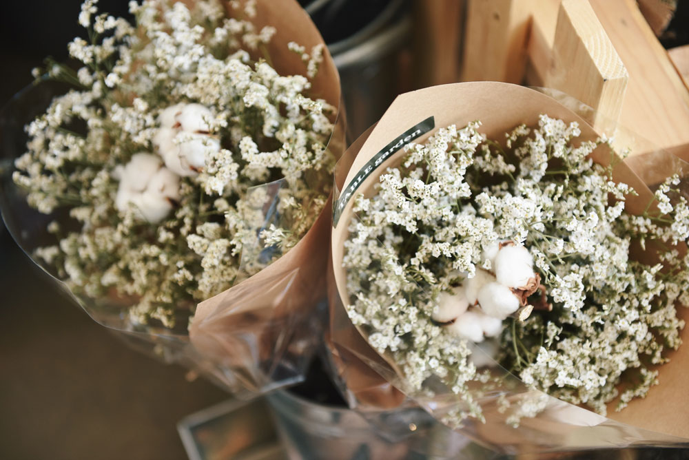 White Baby Breath Bouquet by Suhyeon Choi